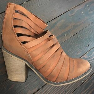 Free People Ankle Boots size 39